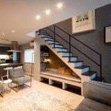 """階段や2階ホールの使い方で住まいが変わる?個性を表現できる""""階段周り""""のアレンジ術"""